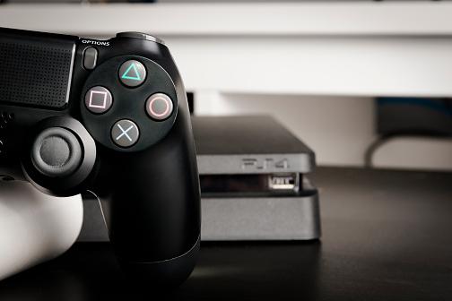 Jogos gratuitos de Abril do PS4